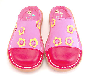 DE OSU 5X0812 - Fuschia Flower Clogs